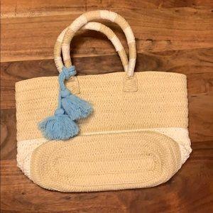Altru Bags - NWOT Altru Straw Tote Purse